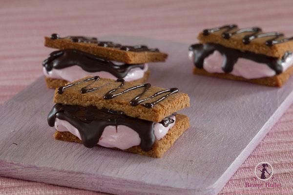 Für Mädchen: S'mores mit pinker Marshmallow Creme