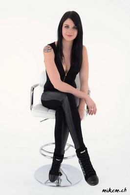 She DJ Liv Stone