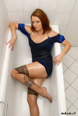 Tub / Badewannen - Shooting in Stockings, Wetlook
