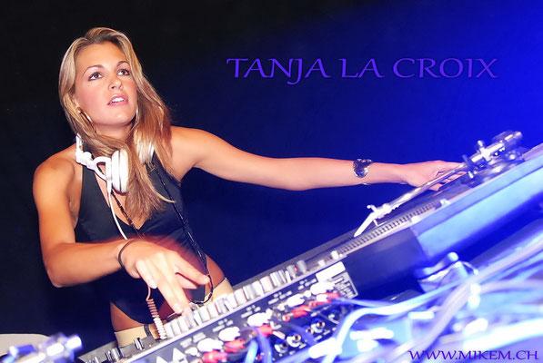 DJ Tanja La Croix, mit bürgerlichem Namen Tanja Wettach