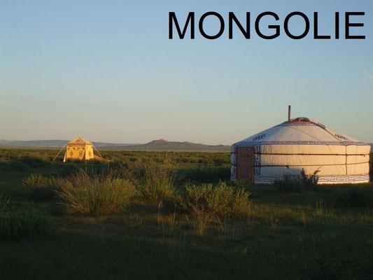 La Mongolie et ses yourtes nomades