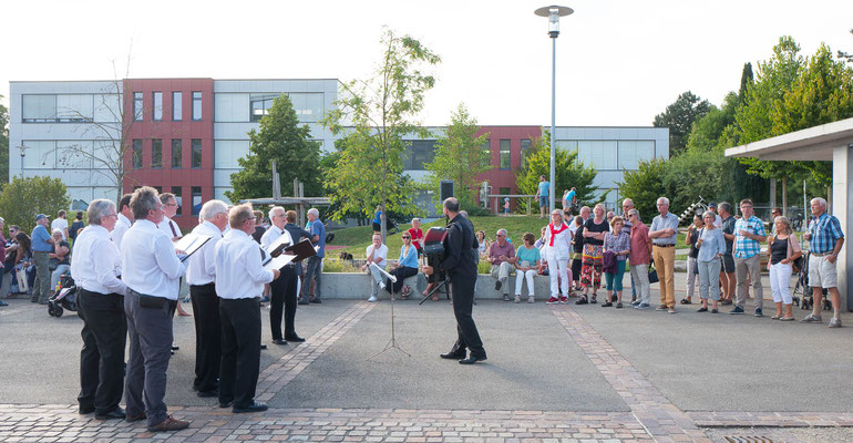 Verein Männerchor Magden Bundesfeier Dorfplatz
