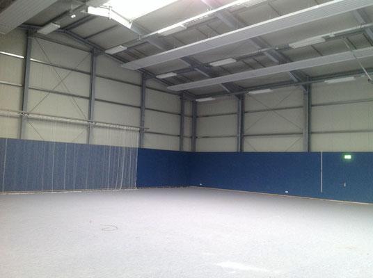 Ballsporthalle