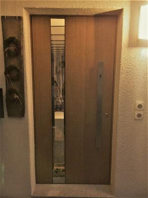 Haustüre Modell Voralp mit Glaseinsatz links
