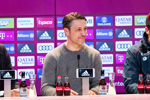 Pressekonferenz nach dem Spiel.