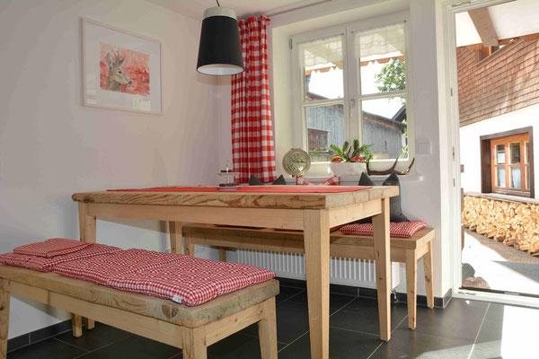 Ferienhaus in Oberstdorf, Ferienhaus Sehrwind – Tisch in der Küche, Erdgeschoß,