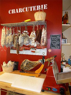 Décor de la boutique, le coin Charcuterie - Le COMPTOIR du SUD-OUEST - Poitiers