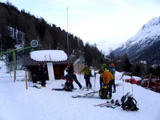 Der Skilift Arolla als willkommenes Transportmittel