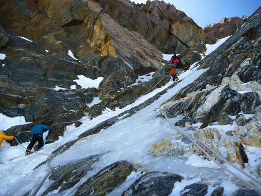 Das letzte Couloir hinauf zur Dufourspitze (4'634m)