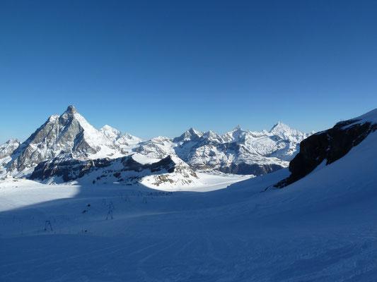 Panorama unterhalb dem Kleinen Matterhorn