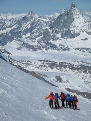 Aufstieg zum Silbersattel auf 4'515m