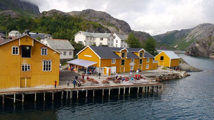 Im einstigen Fischerdorf Nusfjord