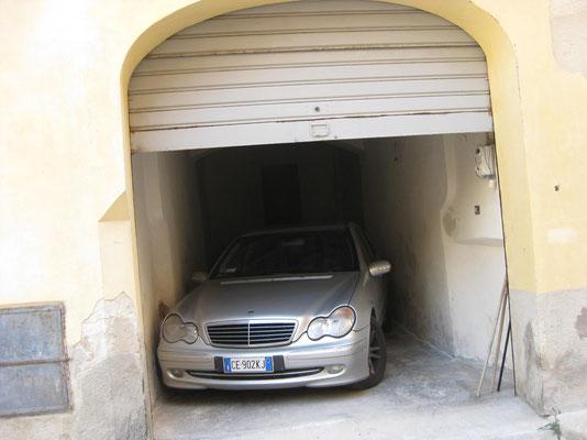 DER Garageplatz in Trapani: ein-aussteigen mitkalkuliert