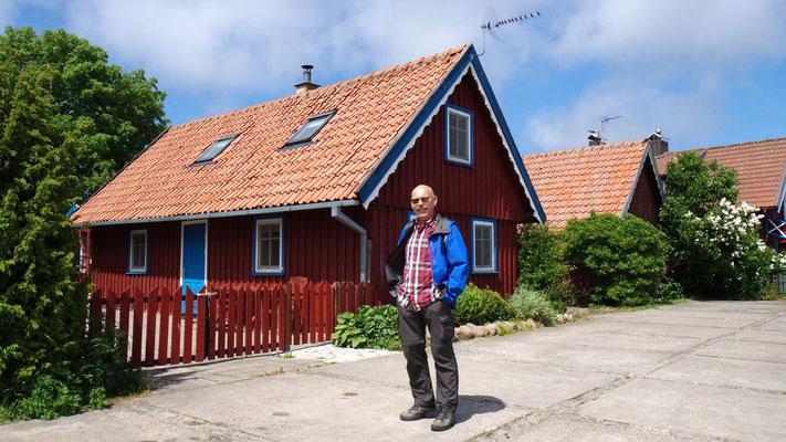 Hübsche Häuser zieren Nida, den kleinen Ort der Halbinsel