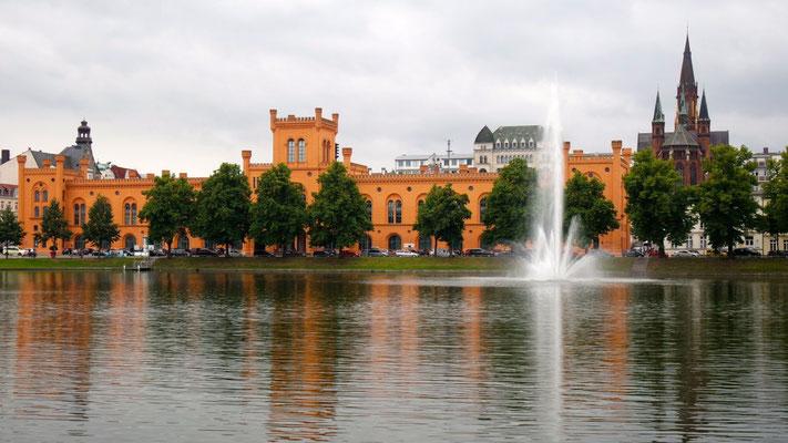 Am Pfaffenteich in Schwerin
