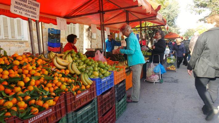 Hier erleben wir den grössten, je gesehenen Frischmarkt
