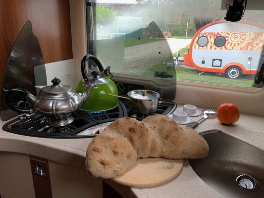 Mein neuer Backofen hat die Brotprüfung mit Bravur bestanden ;-)