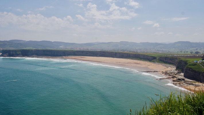 ist DAS Surfparadies Nordspaniens, ca. 30 km östlich von Santander