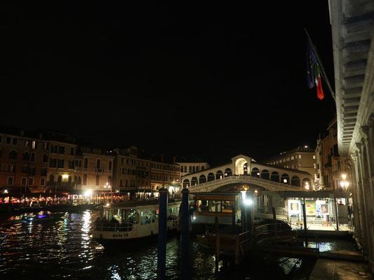 Rialto Brücke di notte