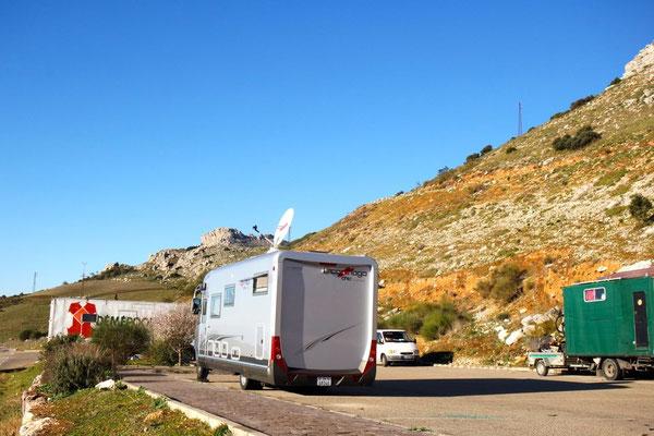Übernachtung in den Bergen,  im Naturschutzgebiet  El Torcal nahe der Provinzstadt Antequera