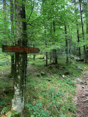 Zum Spominski-Park = Denkmal-Park im Tal der Kamniska Bistrica