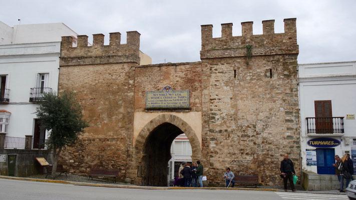 Puerta de Jerez - das Eingangstor zur sehr sympathischen Altstadt