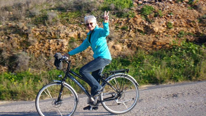 Immer lustig so ein Velotürli - von Agios Ioannis nach Elia
