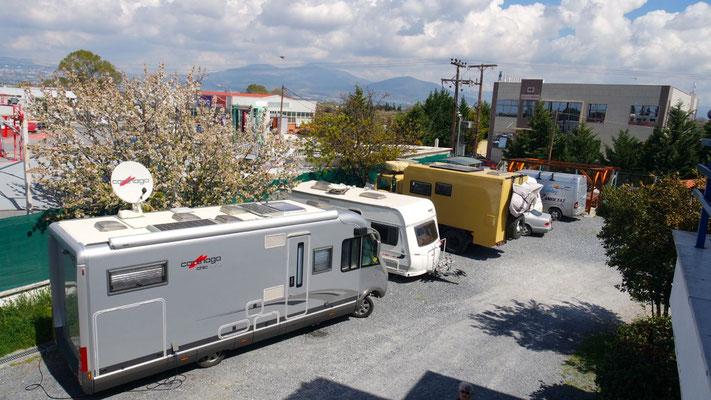 Unser Logierplatz bei Zampetas Camping in Thessaloniki-Perea