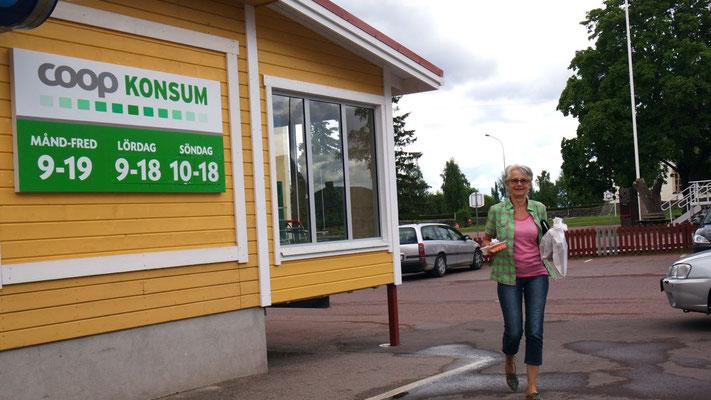 War mal  eben schnell im Konsum - in Sollerön am Siljansee
