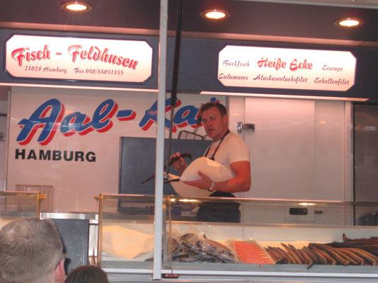 Einer der Fisch-Marktschreier
