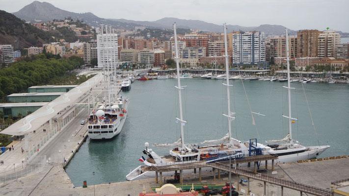 Am Hafen in Malaga
