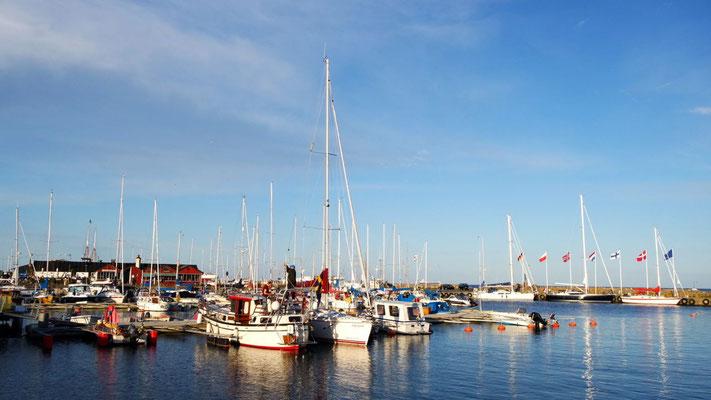 Die Schweden sind auch ein Seglervolk - der Hafen von Skillinge