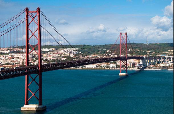 Ponte de 25 Abril, sie verbindet Lissabon mit Almada