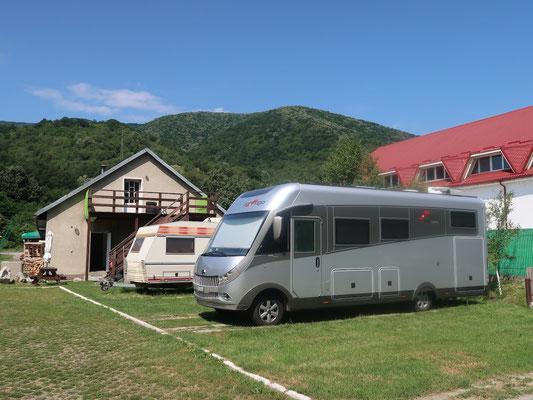 Übernachtung beim deutschen Camping-Betreiber in Mehadia, Rumänien