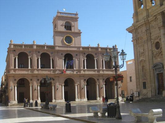 An der Piazza della Repubblica
