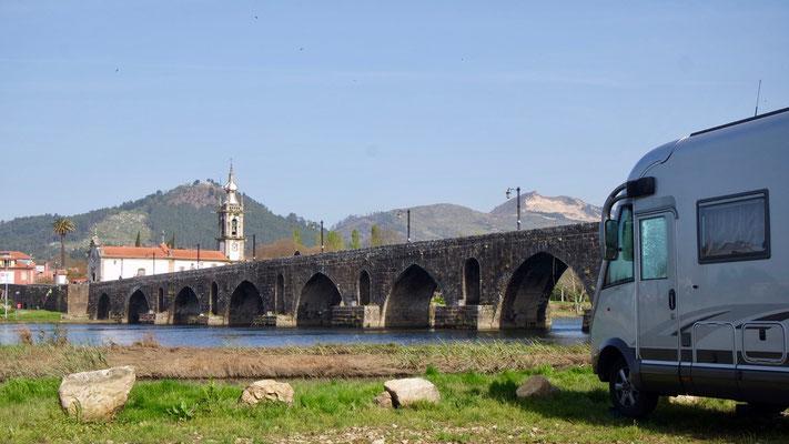 Nachtlager neben, nicht unter der Brücke - im Pilgerstädtchen Ponte de Lima!