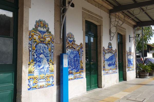 mit seinen Azulejo-Kacheln im ....