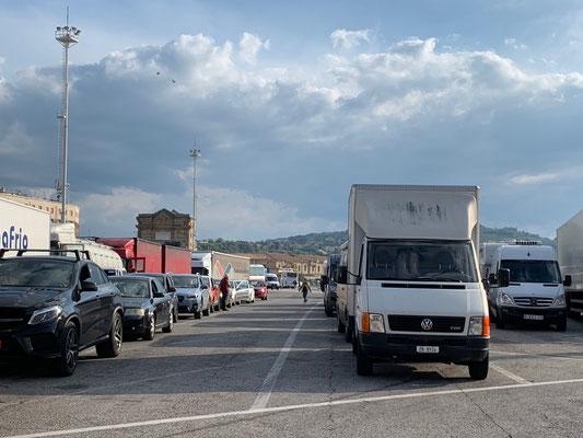 .... und schon in der ersten Reihe am Hafen von Ancona