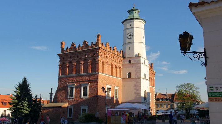 Eines der schönsten Renaissance-Rathäuser steht in Sandomierz