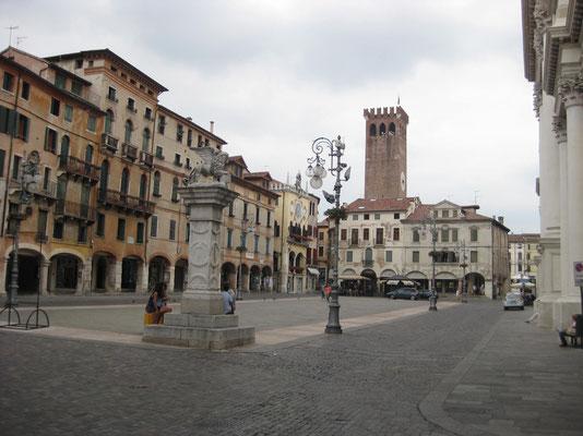 Die Piazza von Bassano del Grappa