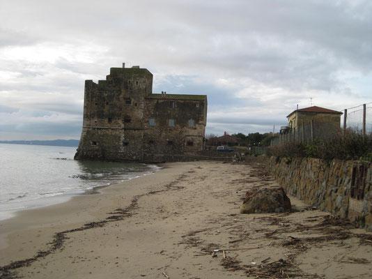 Der bekannte Torre Mozza bei Piombino