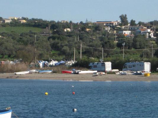 Blick zum Heimetli drüben am Hafen