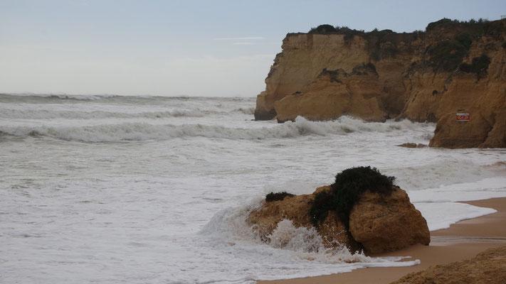 Tobsuchsuchtsanfälle des Atlantik ....