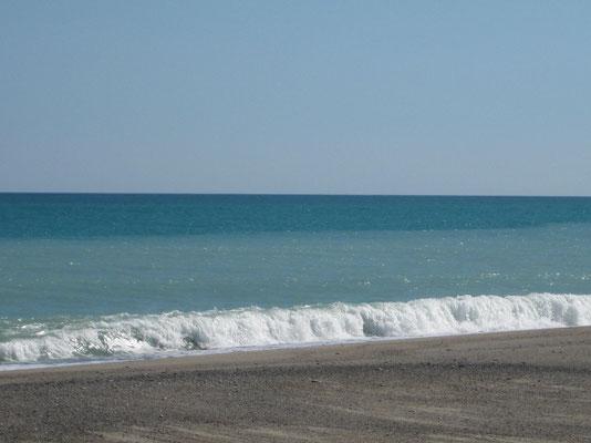 Unendlicher Strand in Badolato Marina