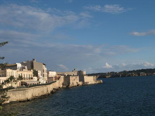 Blick zum Castello