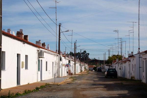 Ein ziemlich portugiesischer Anblick im einstigen Minenort S. Domingos