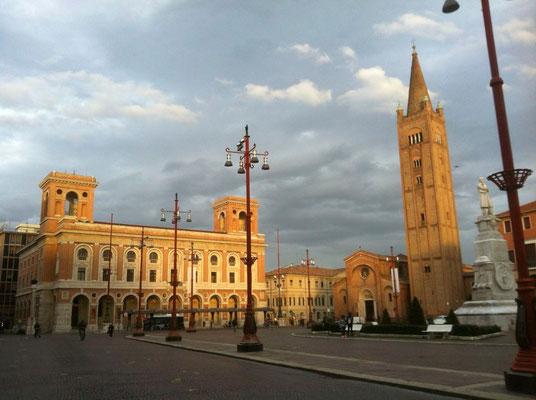 Die Piazza Saffi in Forli