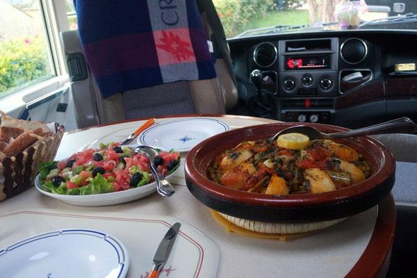 Das marokkanische Nationalgericht duftet und schmeckt einfach köstlich