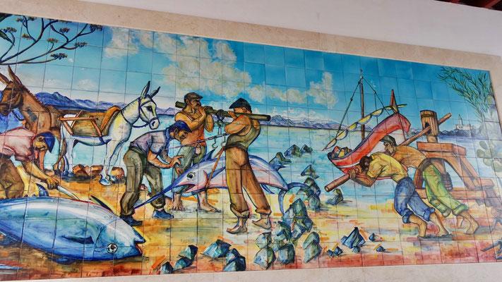 Farbenfrohe Kunst am Fischmarkt ...