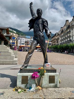 In Montreux begrüsst uns Freddie Mercury